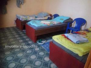Camere în regim semihotelier