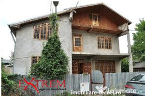 Casa cu 11 camere P+1+M Tecuci