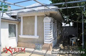 Casa 2 camere și teren