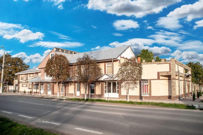 Spatiu comercial Casa Avram Tecuci 2021