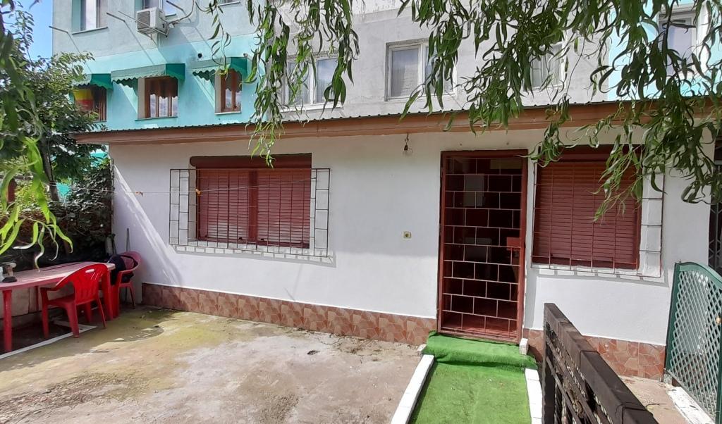 apartament cu 3 camere si extensie in Tecuci exterior